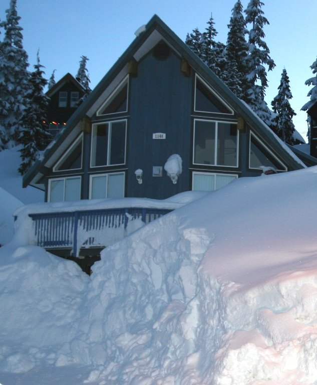 Mount Washington Village - Chalet Accommodations